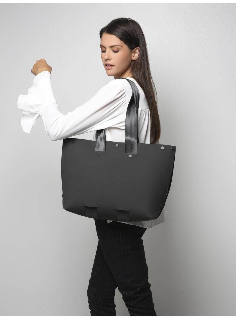 lommer eva two black tote model